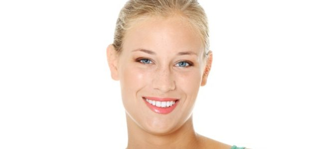 טיפוח עור הפנים מתחיל בהבנת הטיפולים הנכונים הזמינים לבעיות פרטניות, וכיצד להילחם בהן, שכן ידע הוא כוח, והצעד הראשון להשגת עור פנים חסר גיל הוא הבנת תהליך הטיפולים האסתטיים, המוחקים […]